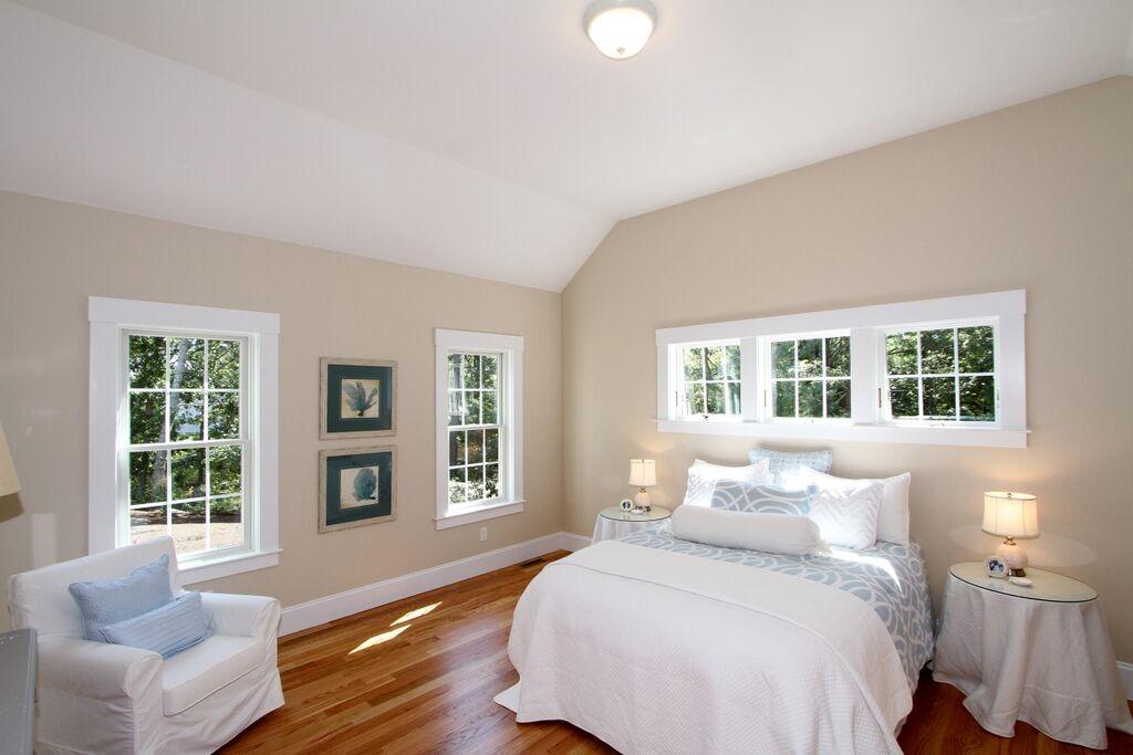 91 Abby Road Master Bedroom b