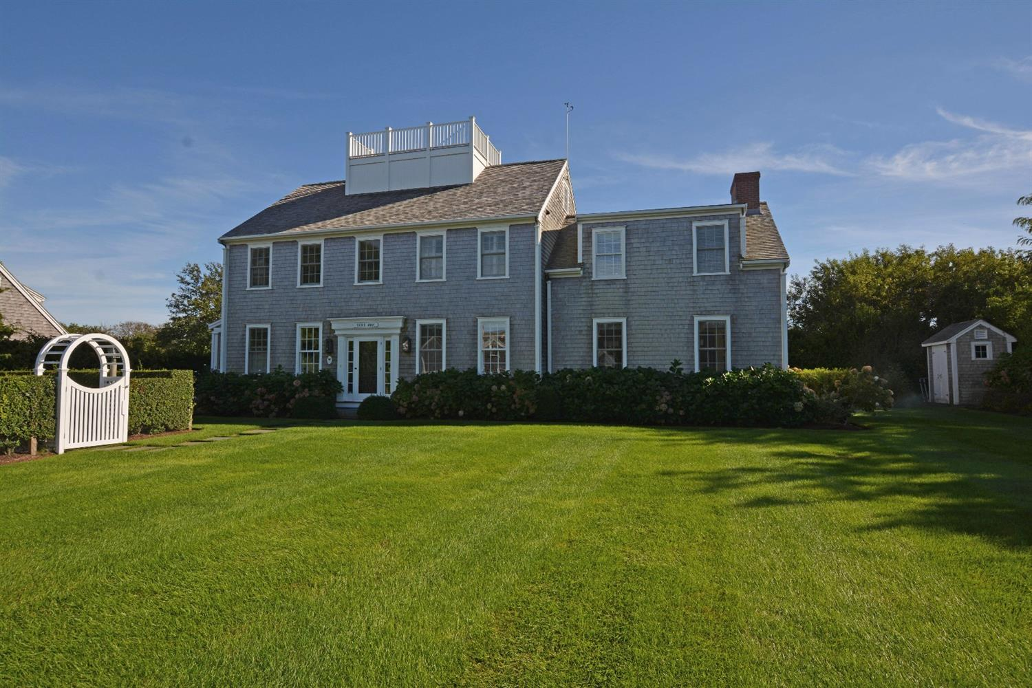 Nantucket real estate homes for sale jack conway co for Houses for sale on nantucket
