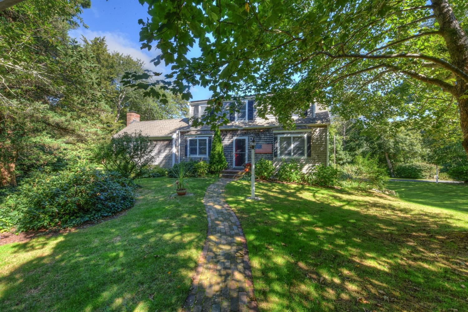 west barnstable Instantly search and view photos of all homes for sale in west barnstable, barnstable town, ma now west barnstable, barnstable town, ma real estate listings updated every 15 to 30 minutes.