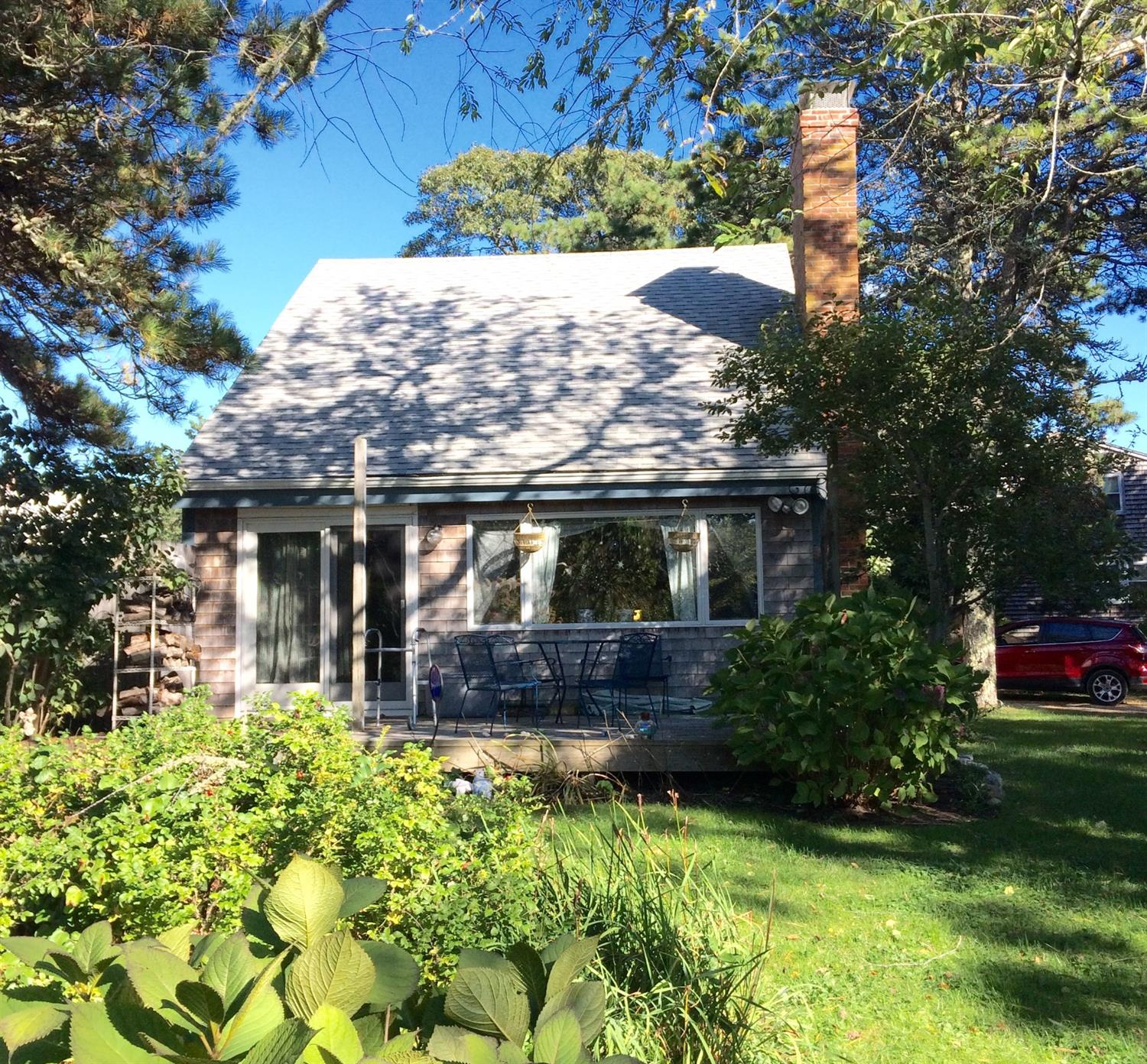 Dee Chirafisi Of Kentwood Real Estate: 2 Bayberry Road, Harwich, MA, 02646, Harwich Port